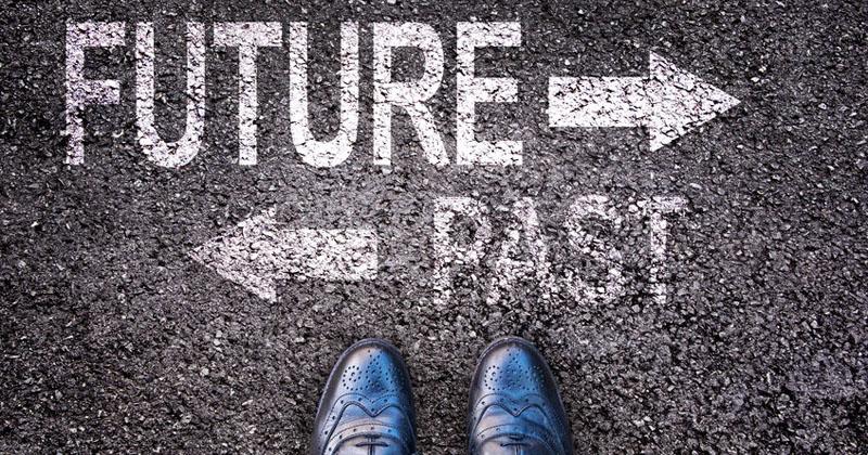 Ecco 3 semplici consigli per garantire un futuro migliore ai tuoi figli, anche se sei sommerso dai debiti